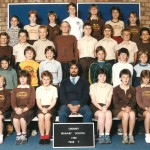 Teacher Ken Wyatt and the class of 1984 at Creaney Primary School
